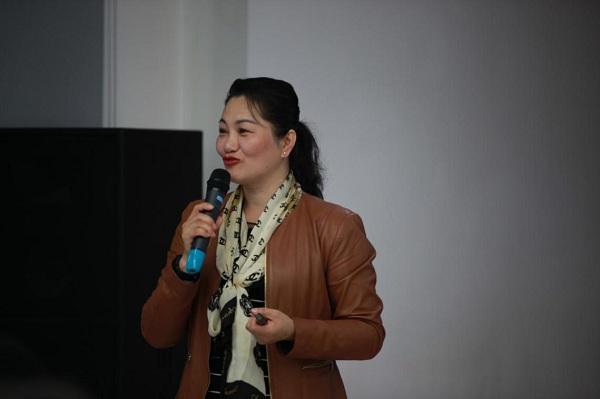 华为24年从业高管向宁夏企业家讲